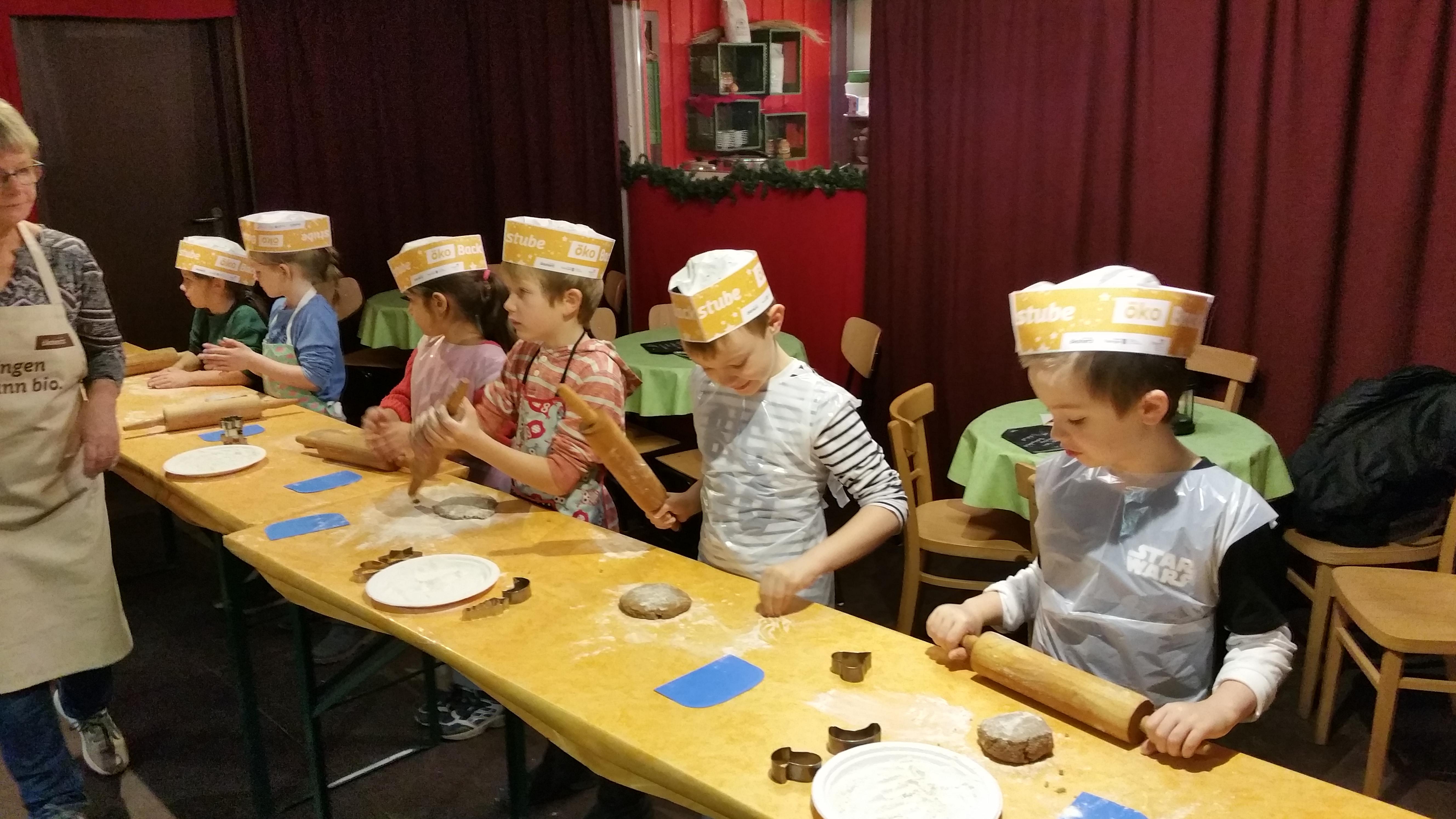 Weihnachtsbäckerei_STG10